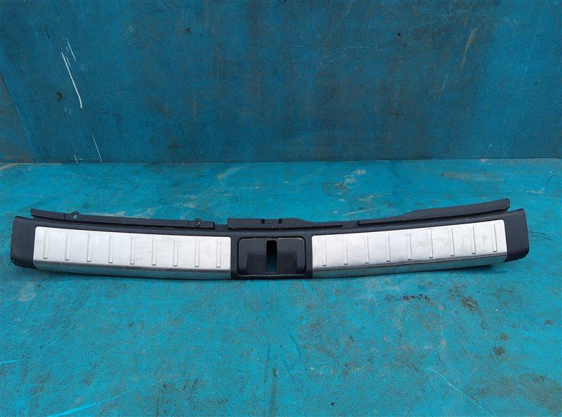 Накладка замка багажника Lexus Rx450H GYL10 2GR-FXE 05.2012 (б/у)