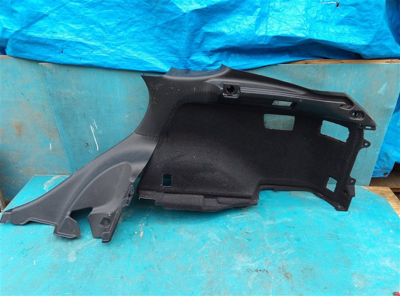 Обшивка багажника Lexus Rx450H GYL10 2GR-FXE 05.2012 задняя правая (б/у)