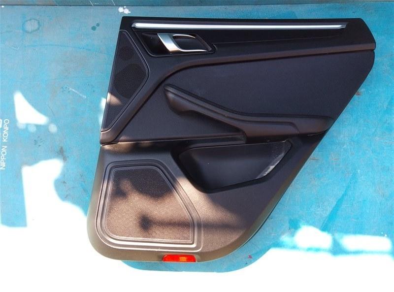 Обшивка дверей Porsche Macan 95B CNCC 10.2014 задняя правая (б/у)