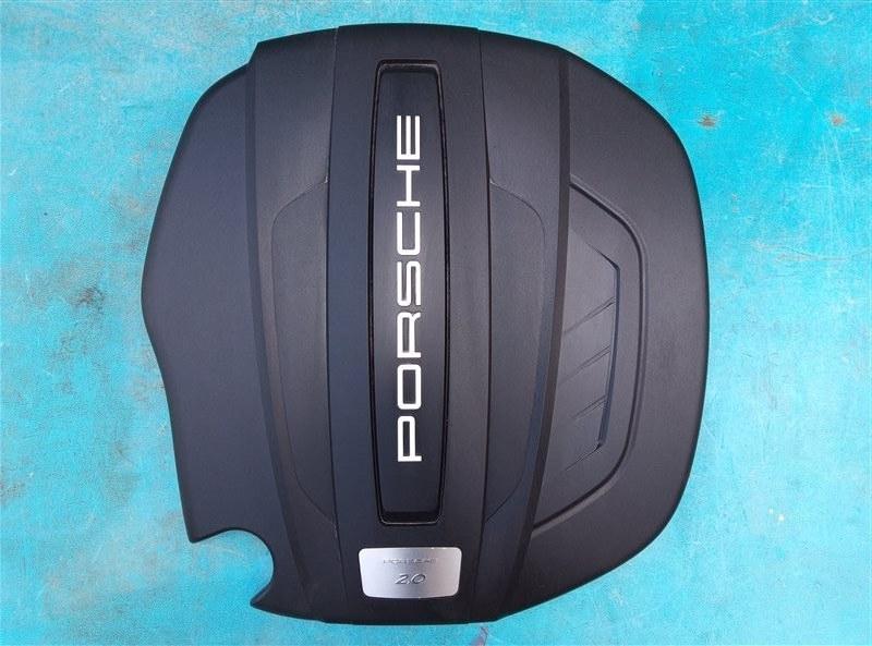 Декоративная крышка двс Porsche Macan 95B CNCC 10.2014 (б/у)