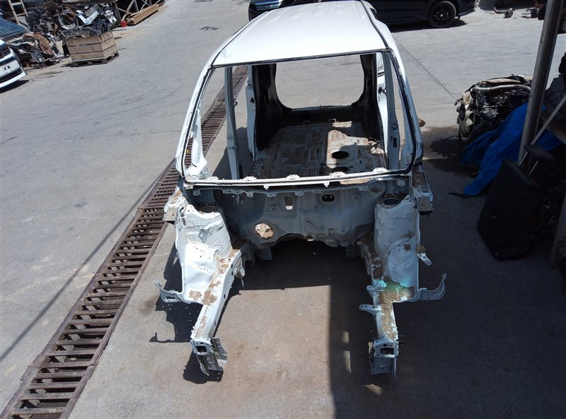 Крыша Toyota Voxy ZRR80 3ZR-FAE 11.2018 (б/у)