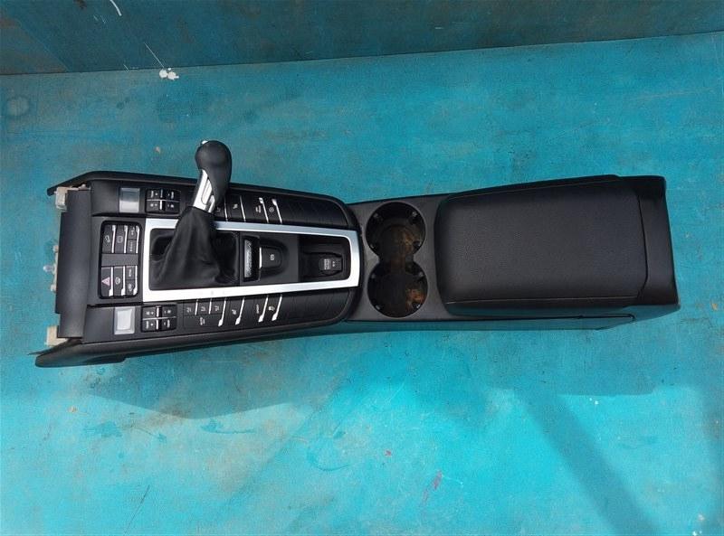 Бардачок между сиденьями Porsche Macan 95B CNCC 10.2014 (б/у)