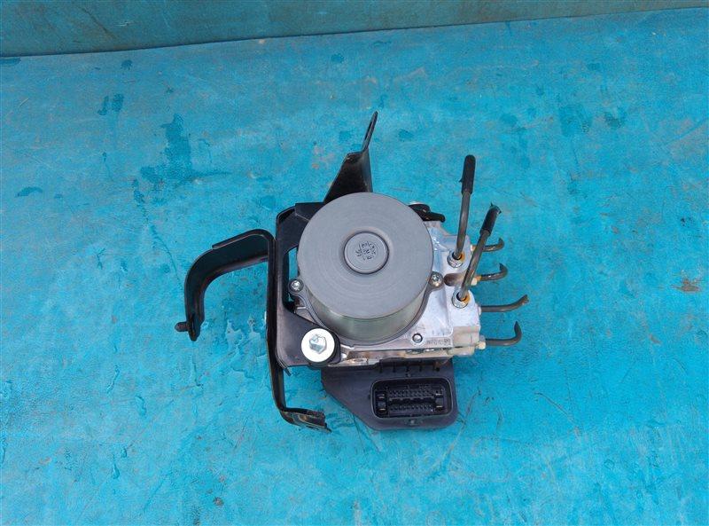 Блок abs Toyota Crown Athlete GRS204 2GR-FSE 02.2011 (б/у)