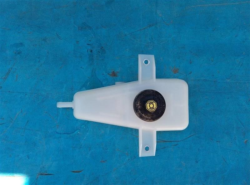 Бачок для тормозной жидкости Toyota Vellfire AGH30 2AR-FE 02.2015 (б/у)