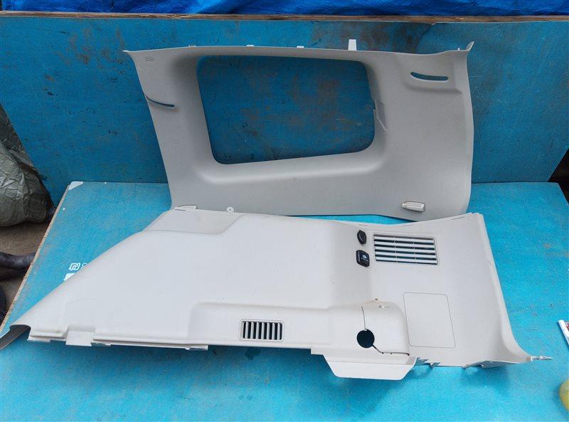 Обшивка багажника Mitsubishi Pajero V93W 6G72 03.2015 задняя правая (б/у)