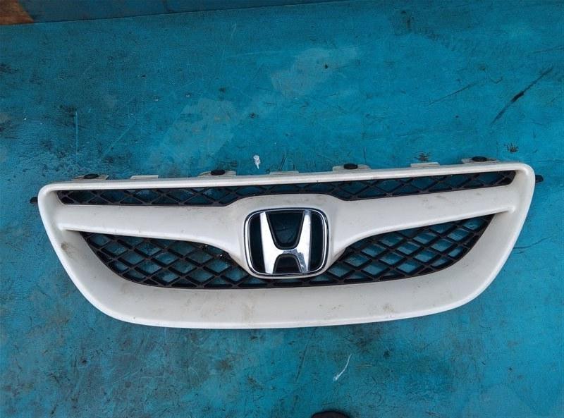 Решетка радиатора Honda Edix BE3 K20A (б/у)