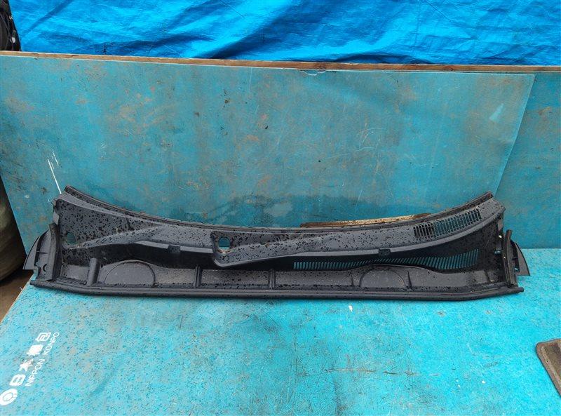 Решетка под лобовое стекло Toyota Vanguard ACA33 2AZ-FE 11.2007 (б/у)