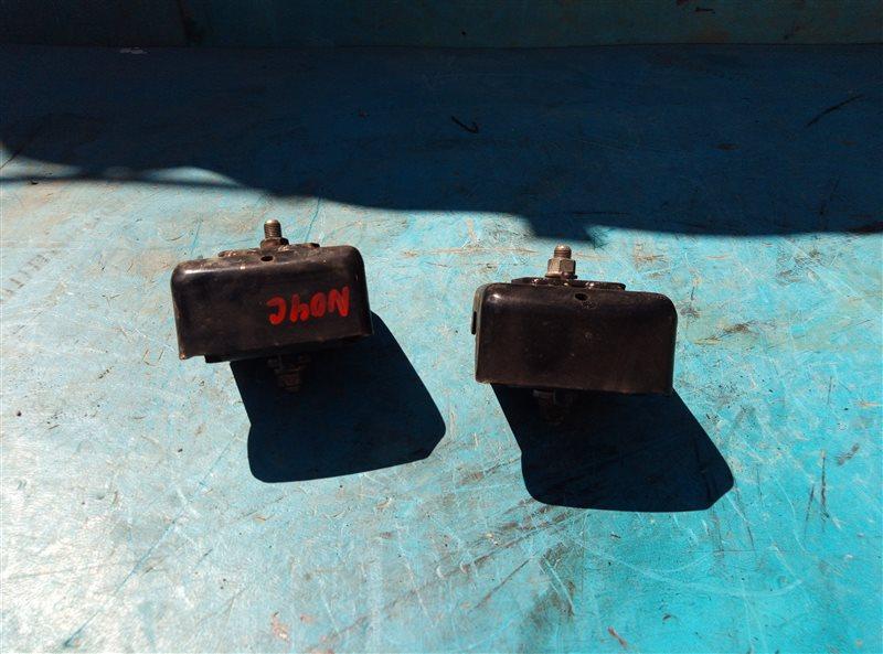 Подушка двигателя Hino Dutro XZU504-0001999 N04C левая (б/у)