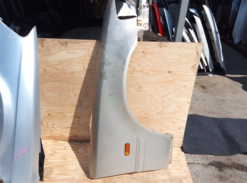 Крыло Honda Inspire UA1 G20A переднее правое (б/у)