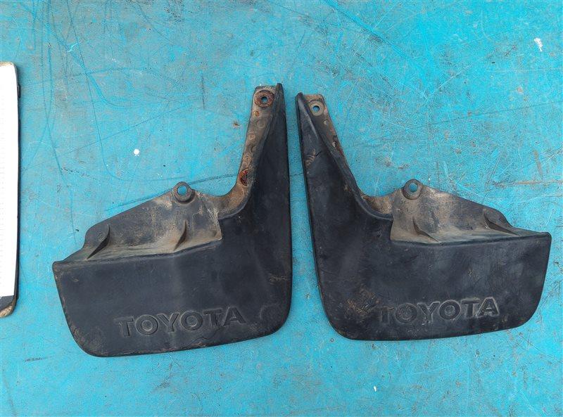 Брызговики комплект Toyota Hiace KZH106 1KZ-TE задние (б/у)