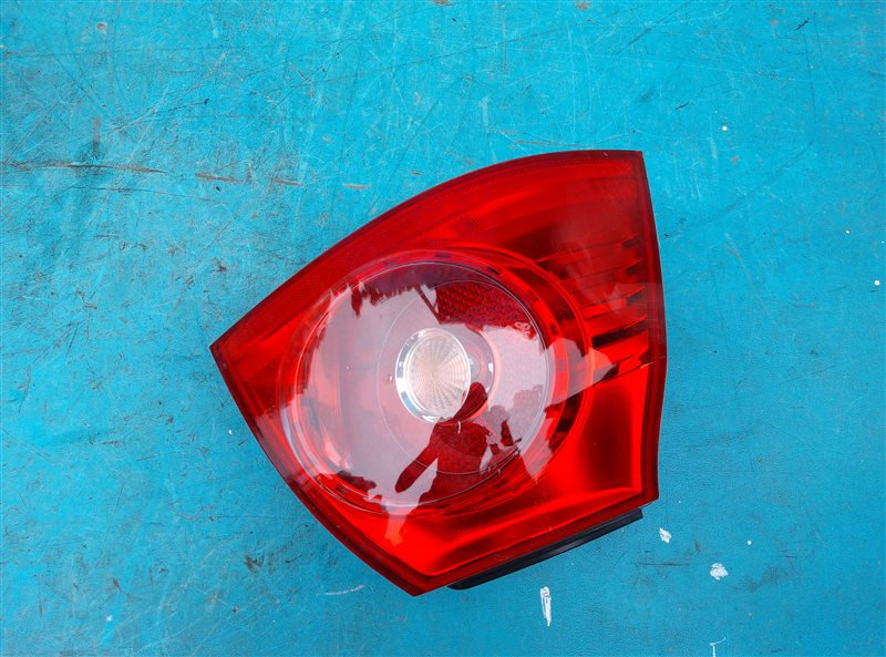 Стоп-сигнал Volkswagen Golf 1K1 BLG задний левый (б/у)