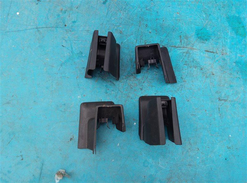 Заглушка крепления сиденья Subaru Forester SJG FA20 02.2014 передняя (б/у)