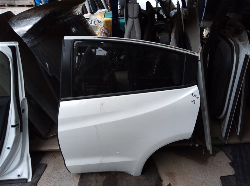 Дверь Honda Vezel RU4 LEB 2014 задняя левая (б/у)