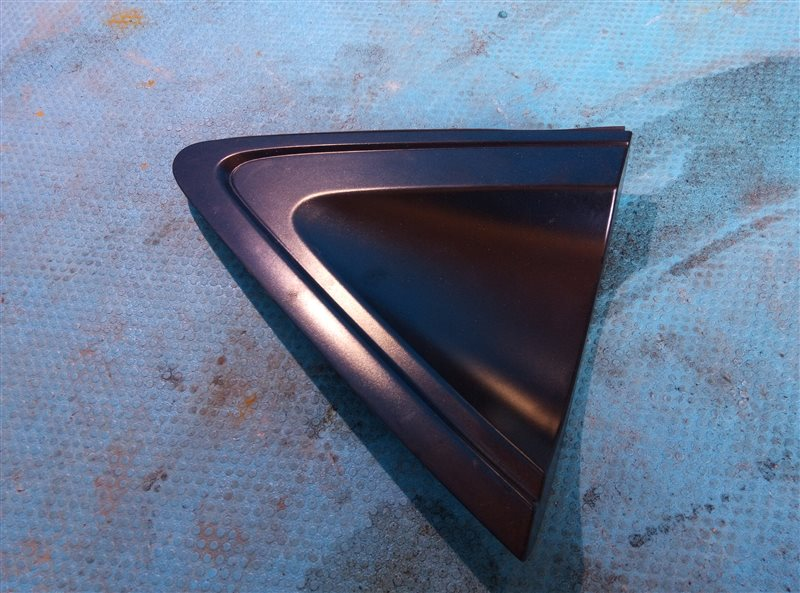 Накладка на крыло Honda Vezel RU2 задняя правая (б/у)