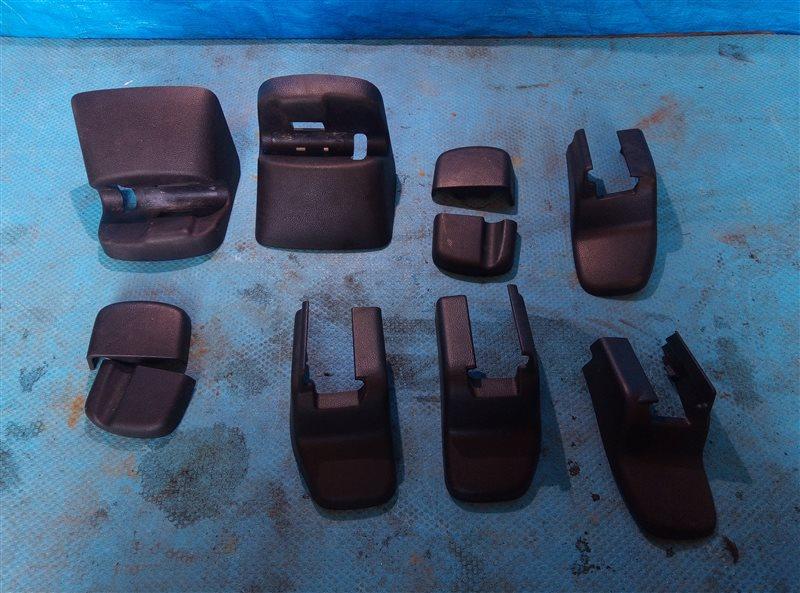 Заглушка крепления сиденья Honda Vezel RU3 LEB 2014 (б/у)