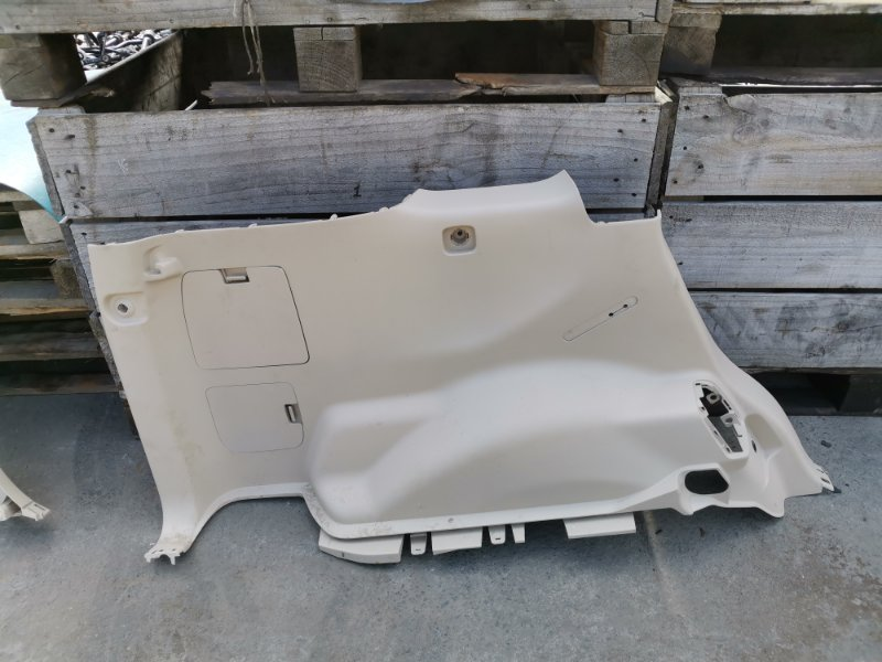 Обшивка багажника Toyota Land Cruiser Prado GDJ150 1GD-FTV 05.2019 задняя левая нижняя (б/у)