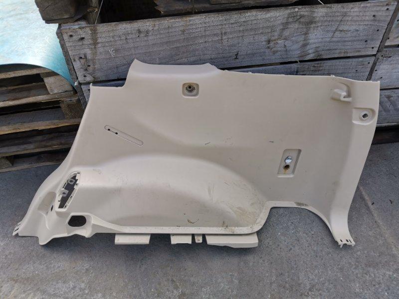 Обшивка багажника Toyota Land Cruiser Prado GDJ150 1GD-FTV 05.2019 задняя правая нижняя (б/у)