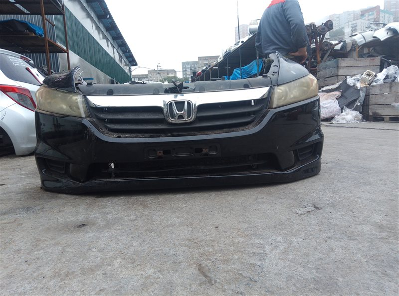Nose cut Honda Stream RN6 R18A (б/у)