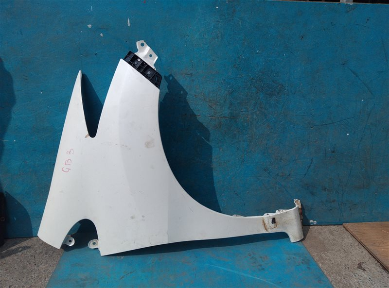 Крыло Honda Freed GB3 L15A переднее правое (б/у)