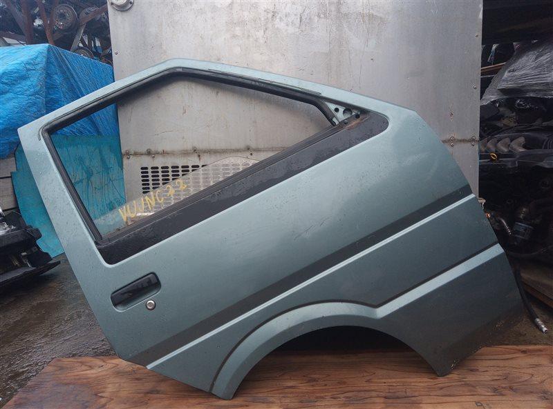 Дверь Nissan Vanette VUJNC22 LD20-II передняя правая (б/у)