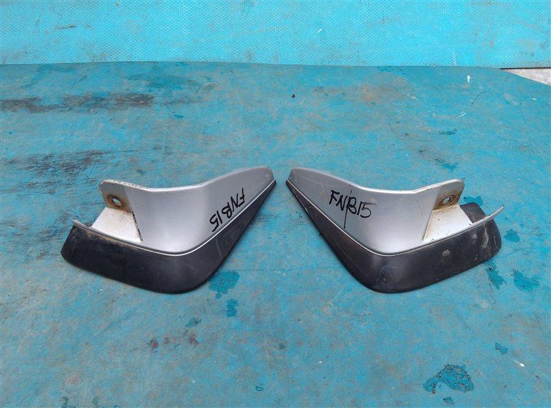Брызговики комплект Nissan Sunny FNB15 QG15DE задние (б/у)