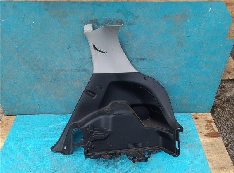Обшивка багажника Toyota Vitz NSP135 1NR-FE задняя правая (б/у)
