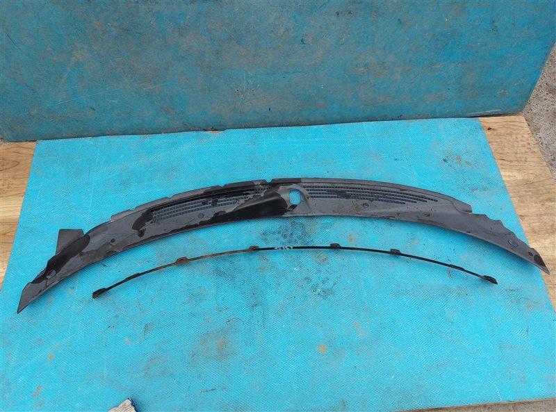Решетка под лобовое стекло Ford Probe GT KL (б/у)