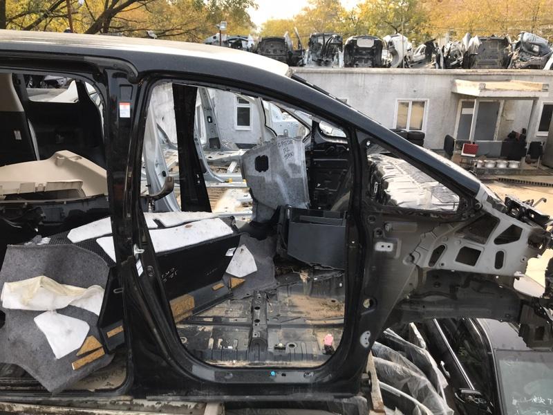 Стойка кузова Toyota Vellfire AGH30 2AR-FE 02.2015 правая (б/у)