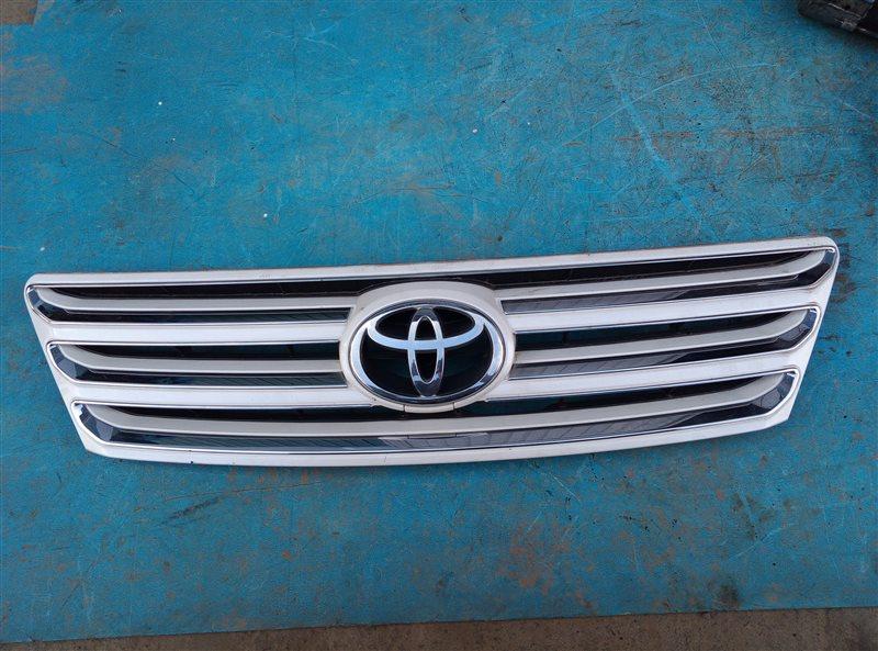 Решетка радиатора Toyota Ipsum ACM26 2AZ-FE (б/у)