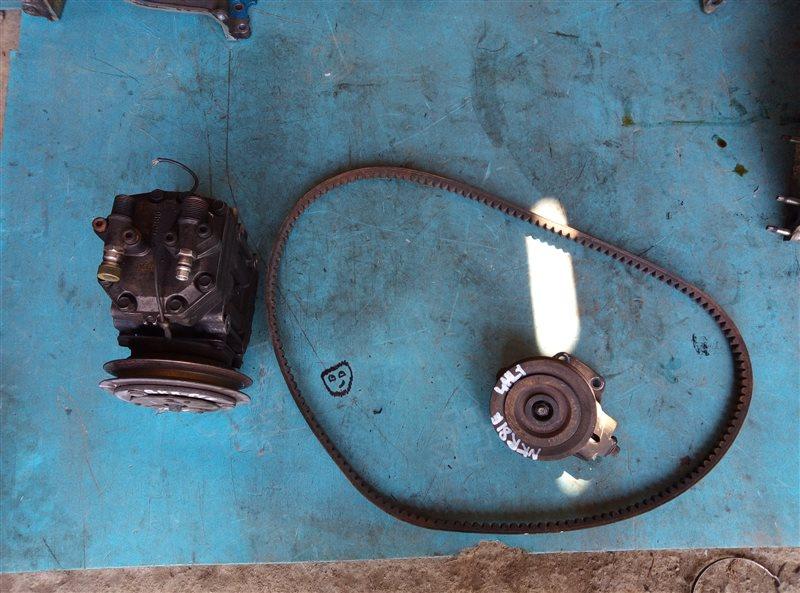 Генератор Nissan Diesel BKR81E 4HL1-2 (б/у)
