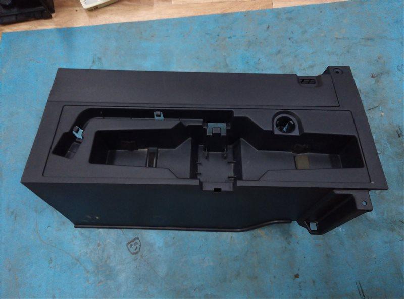 Пол багажника пластик Lexus Nx300H AYZ15 2AR-FXE 02.2017 (б/у)