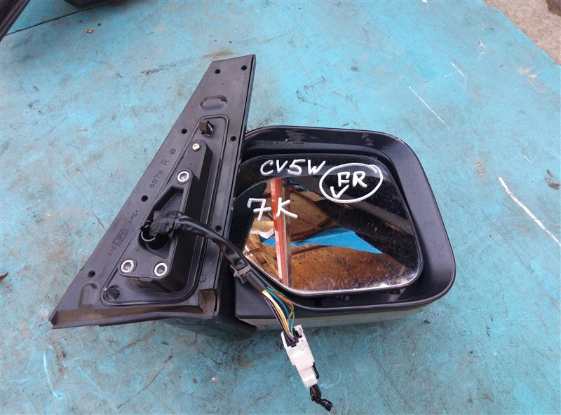 Зеркало Mitsubishi Delica D5 CV5W переднее правое (б/у)