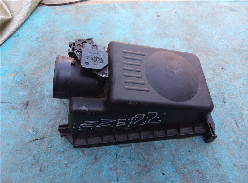 Расходомер воздушный Toyota Corolla Spacio ZZE122 1ZZ-FE (б/у)