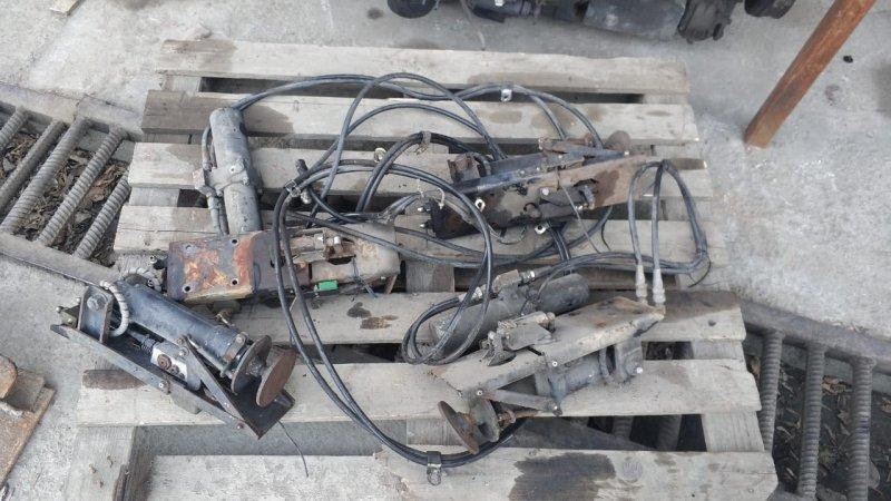 Подъёмник гидравлический Isuzu Forward FSR33K4 6HH1-1 1998 (б/у)