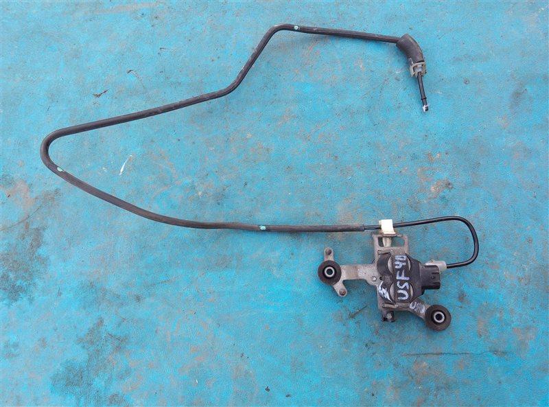 Клапан регулировки подвески Lexus Ls460 USF40 1UR-FSE 07.2010 задний (б/у)