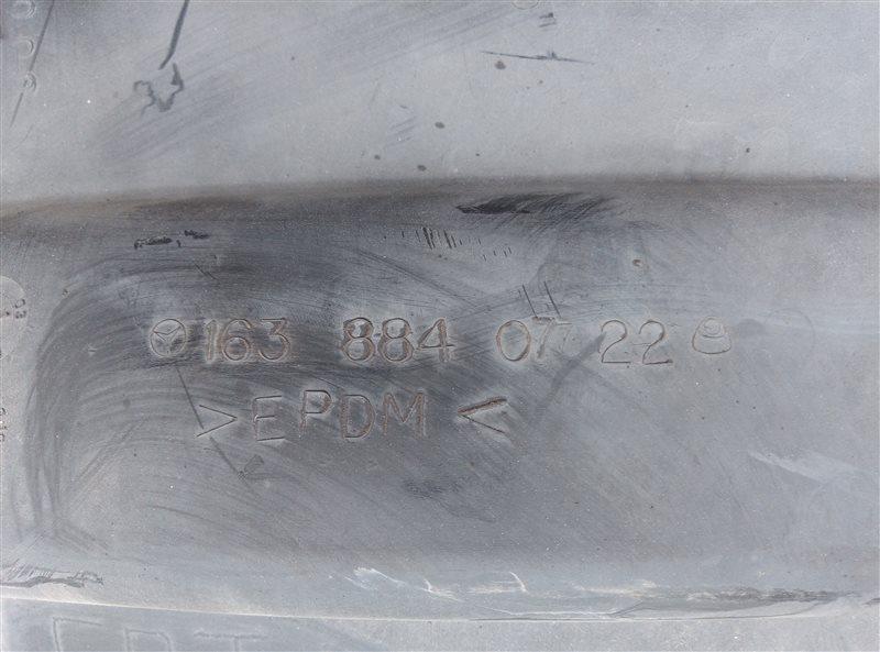 Подкрылок Mercedes Ml 320 W163 передний левый (б/у)