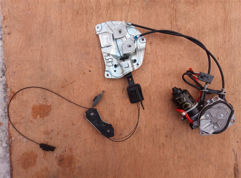 Электропривод двери Mitsubishi Delica D5 CV5W задний левый (б/у)