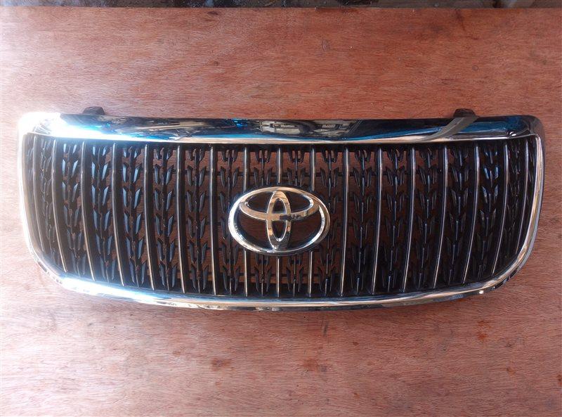 Решетка радиатора Toyota Crown Majesta UZS186 (б/у)
