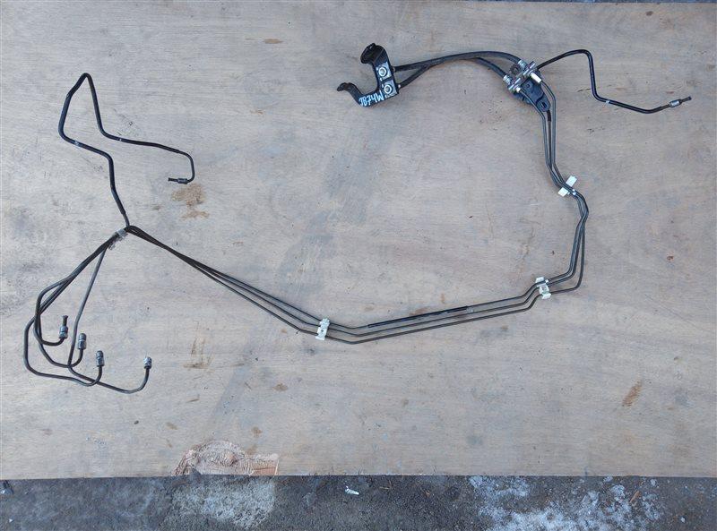 Трубка тормозная Suzuki Jimny Sierra JB74W K15B 2019 передняя (б/у)