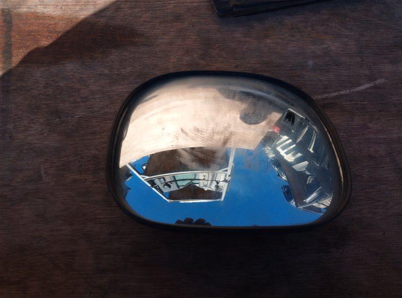 Зеркало с пятой двери Toyota Hiace KZH106 (б/у)