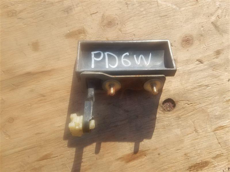 Ручка задней двери Mitsubishi Delica PD6W (б/у)