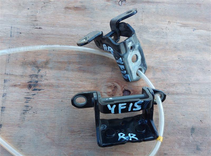Петля дверная Nissan Juke YF15 задняя правая (б/у)