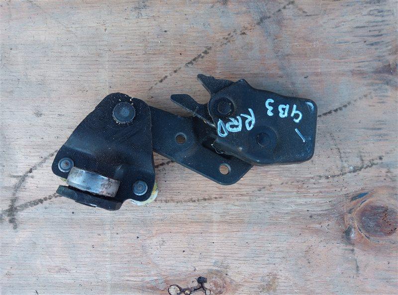 Ролик раздвижной двери Honda Freed GB3 задний правый (б/у)