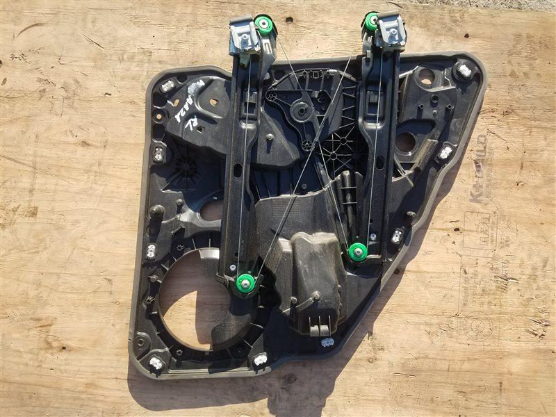 Стеклоподъемник Porsche Cayenne 958 M55.02 2012 задний левый (б/у)