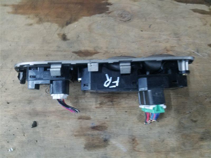 Блок управления стеклоподъемниками Honda Cr-V RD4 передний правый (б/у)