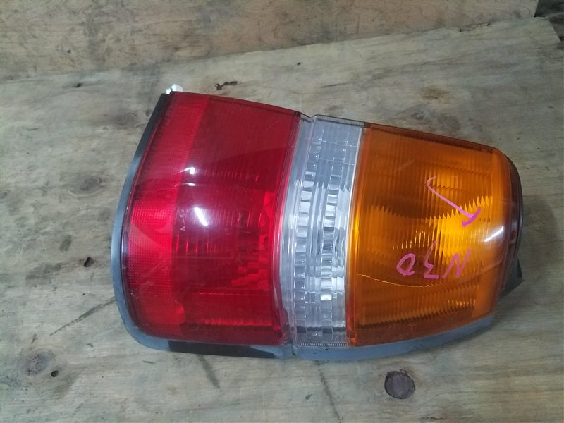 Стоп-сигнал Nissan R'nessa N30 правый (б/у)