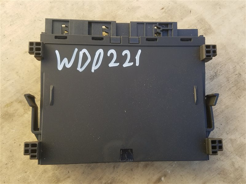 Блок управления Mercedes S 500 Long W221 273.961 01.2008 (б/у)