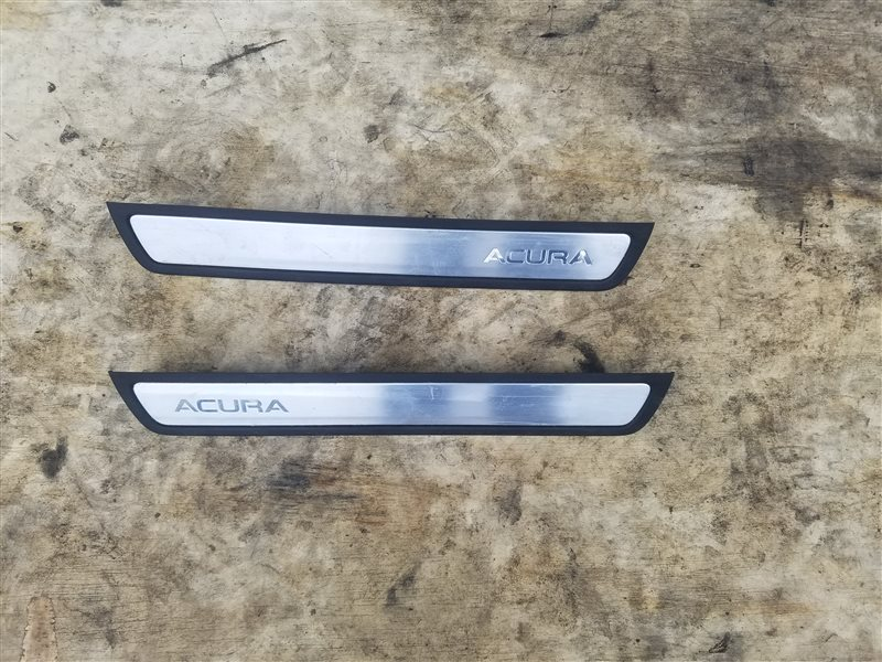 Порожек пластиковый Acura Mdx YD3 J35Y5 01.2019 (б/у)