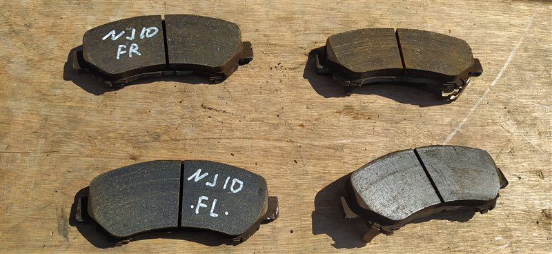 Тормозные колодки Nissan Dualis KJ10 MR20DE переднее (б/у)