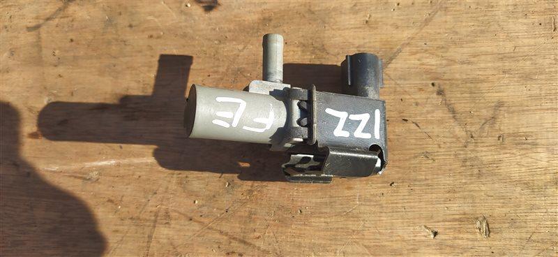 Вакуумный клапан Toyota Wish ZNE10 1ZZ (б/у)